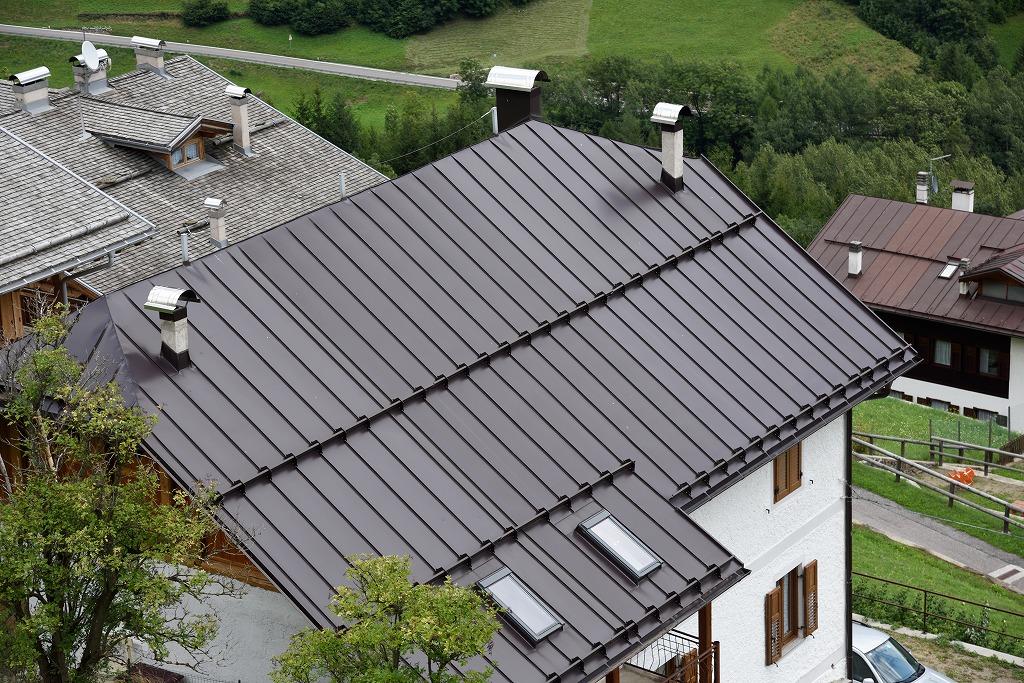 意外と怖い屋根のトラブルに対処する方法